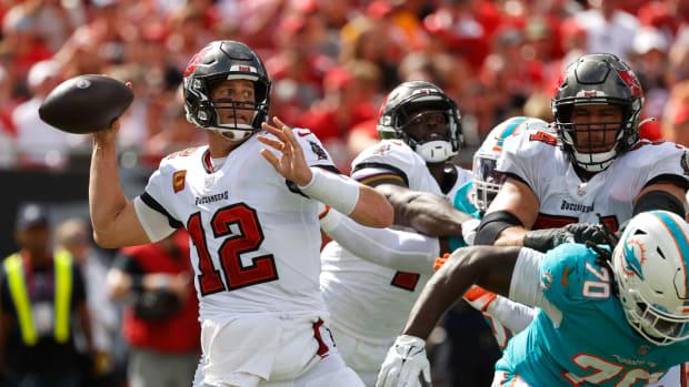 NFL-Season 2021- Week 6-Thursday Night Football- Tampa Bay Buccaneers at Philadelphia Eagles preview